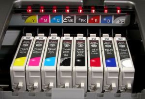 R1800 print head printhead cartridges installed instaled into printer