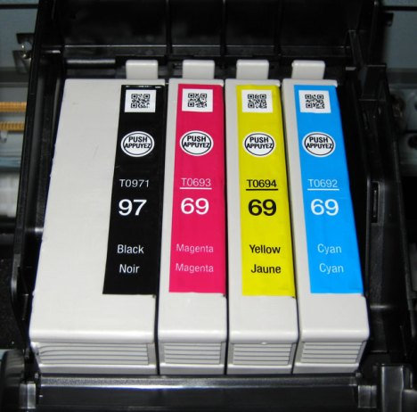 Epson Workforce 600 Printer With Cartridges Installed T097 Black Included With Printer Can Also Use T069, or T068 cartridges.