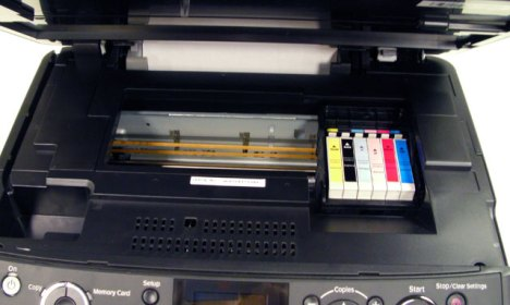 Scanner unit open reveals the printer cartridges - and plenty of room for a CI system.