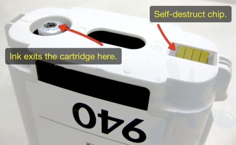 Bottom side of the HP 940, 940XL, XL inkjet print cartridge - ink tank.