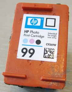 HP 99 photo color ink cartridge for (HP) Hewlett Packard inkjet printers.